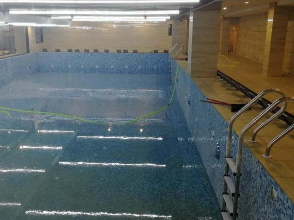 上海某办公大楼地下一层增游泳池加固.jpg