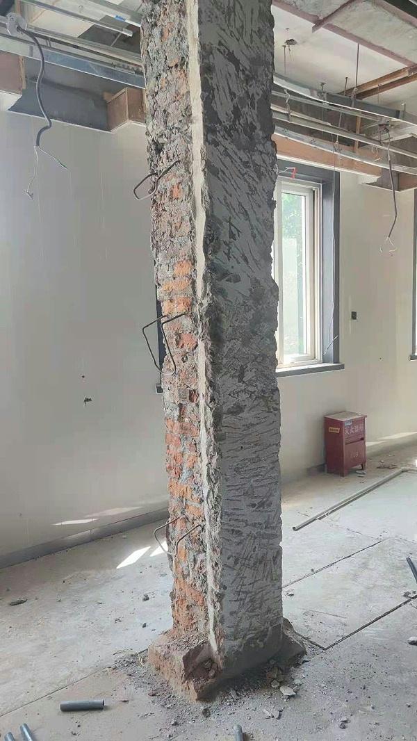 公安局办公楼砖柱加固